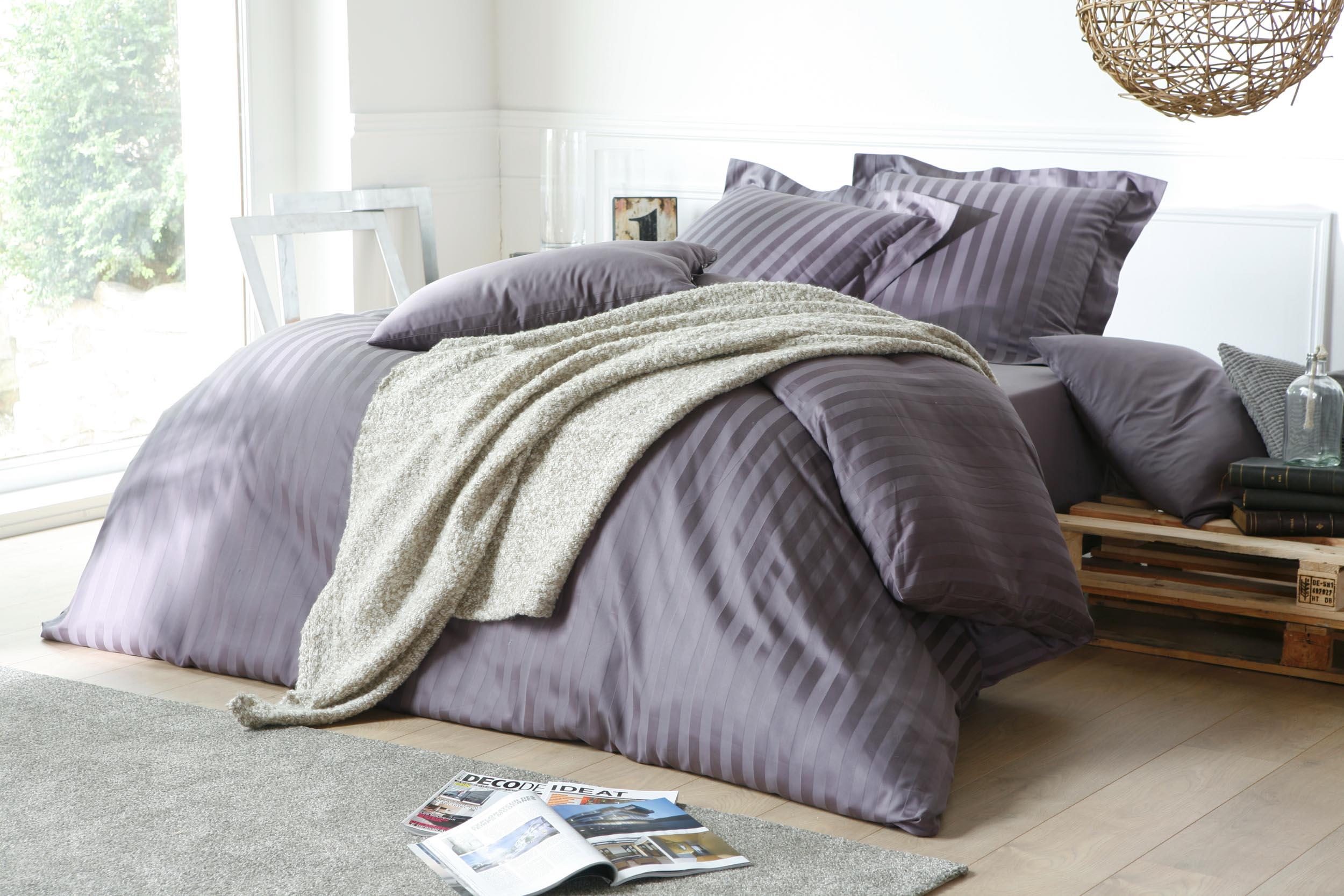 Photo de linge de lit en studio à Lille (59)
