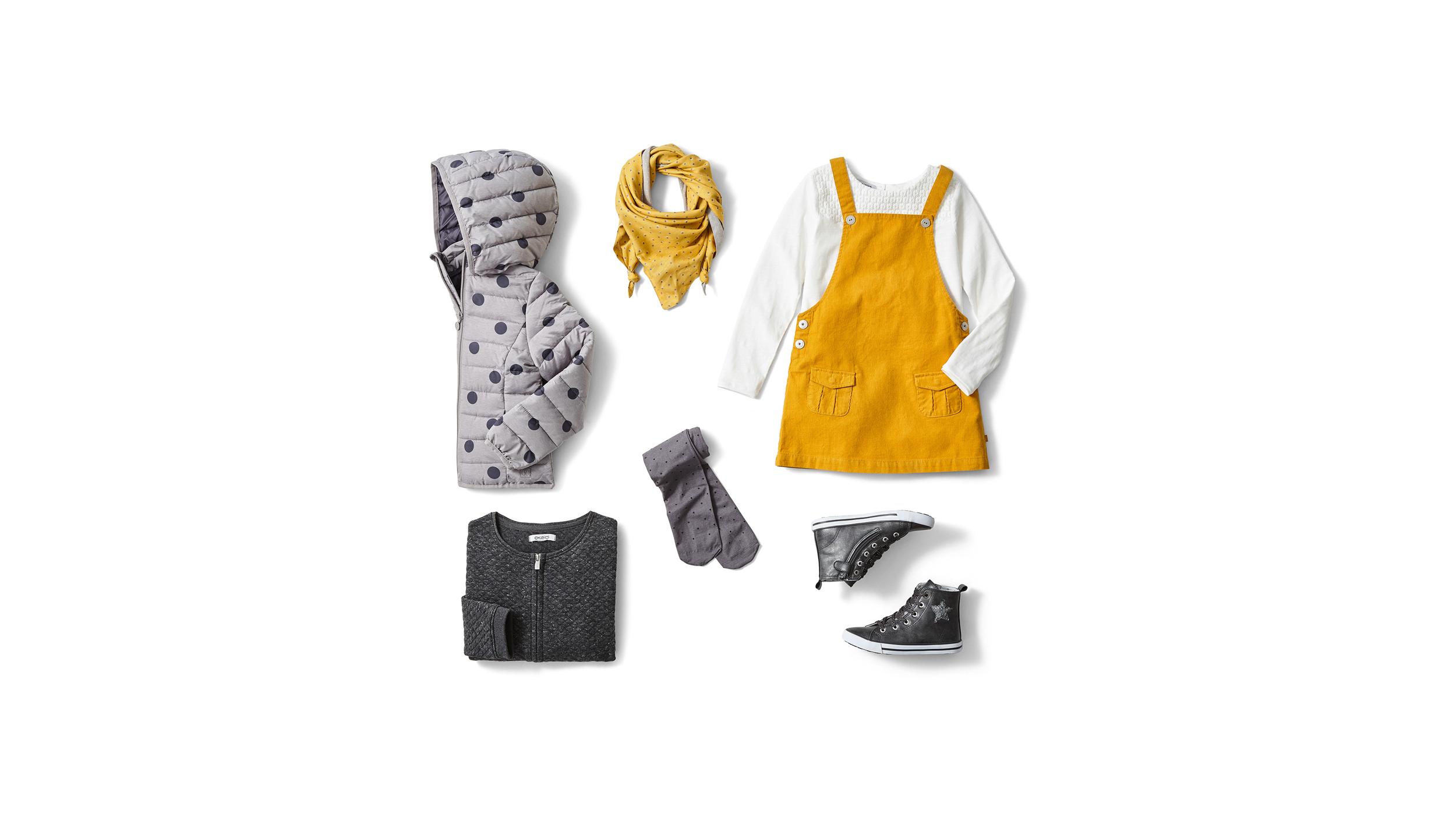 Photo de vêtements pour enfants photographie de produit en nature morte à Lille (59)